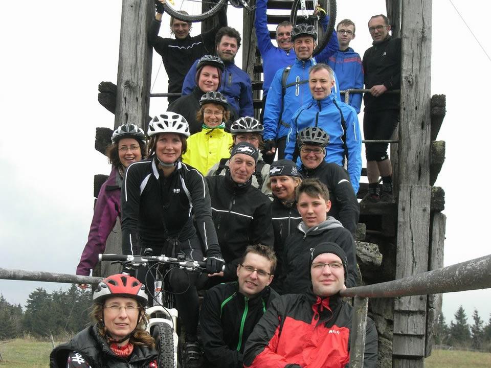 Mit dem Mountainbike bis aufs Backöfele: am höchsten Punkt des Fichtelgebirges