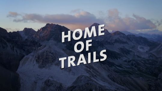 Home of Trails: Danny MacAskill und Claudio Caluori im Trail-Paradies Graubünden