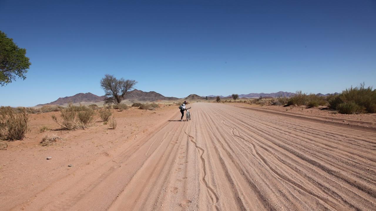 Gerhard von Kapff: Mit dem Mountainbike von den Victoria-Fällen bis Kapstadt